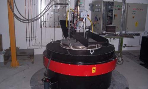 Retortás gázcementáló és nitro-cementáló hökezelő kemence